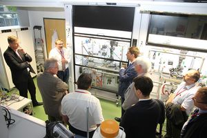 Inauguration of the new synthesis laboratory at INNOVENT. Guest of honor was Mr. Christian Hirte, Commissioner for Eastern Germany of the Federal Government (CDU)