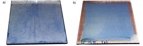 Bekeimung: Verwendung einer klassischen Pd-Bekeimung (a) und einer CCVD-Bekeimung mit Ag-Nanopartikeln (b) für die stromlose Abscheidung von Preußisch Blau