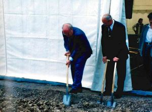 Groundbreaking ceremony for the new INNOVENT building 1999