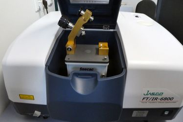 FT-IR-Spektrometer 6800