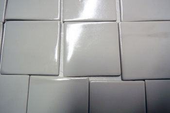 Antibacterial coating on porcelain